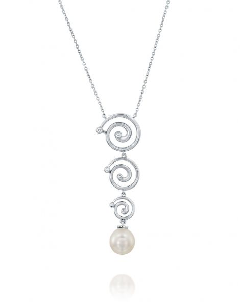 Nautilus 3 Spirals & Pearl Necklace