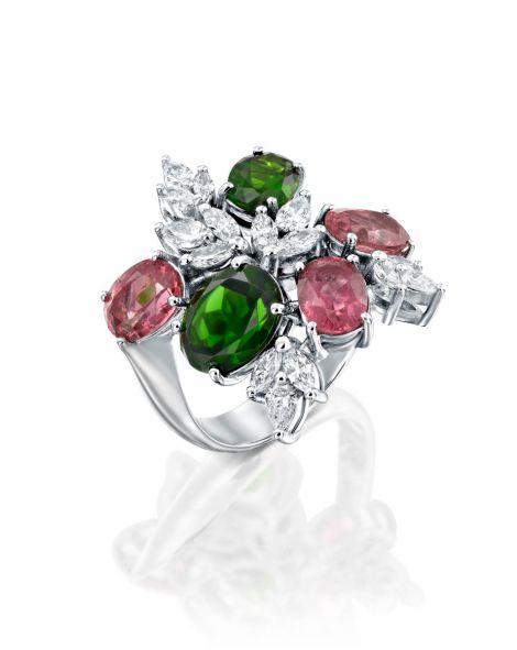 One Of a Kind Malvene Ring